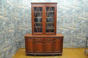 maruni マルニ リビングボード 食器棚 飾り棚 天然木 家具 インテリア 木製 未使用品♪を買い取りました!(^_-)-☆