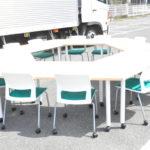 6角組み合わせテーブル スタッキングチェア 12脚 セット ミーティングテーブルを買い取りました(^_-)-☆