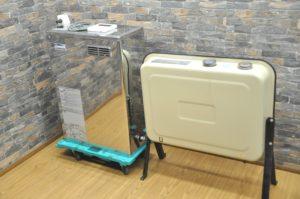 コロナ 石油小型給湯機 UIB-NX37R 2015年製 100V 灯油 貯湯式 給湯器 タンク付 石油ボイラー 温水器を買い取りました(^_-)-☆