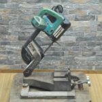 マキタ ハンドソー 6型ポータブルバンドソー 2106 100V 電動工具 切断機 鉄工用を買い取りました(^_-)-☆