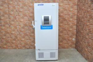 pHcbi 超低温フリーザー MDF-DU502VX 三相200V 528L 2018年製 低温槽を買い取りました(^_-)-☆