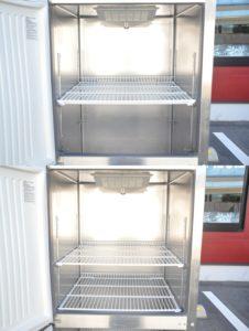 フクシマ 縦型冷蔵庫 ARD-080RM 業務用2ドア 2017年製を買い取りました(^_-)-☆