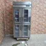 フクシマ 縦型冷凍庫 URN-094FM6(改) 業務用4ドア リーチインショーケース を買い取りました♪(^_-)-☆