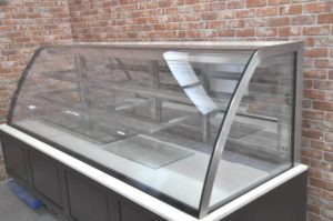 保坂 冷蔵ショーケース DZ10450 ケーキショーケース 陳列 ディスプレイ 大型 業務用を買い取りました♪(^_-)-☆