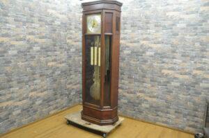 最高級 YAMAHA ヤマハ ドイツ製ムーブメント ウルゴス パイプ式 ホールクロック 置時計 柱時計を買い取りました♪(^_-)-☆