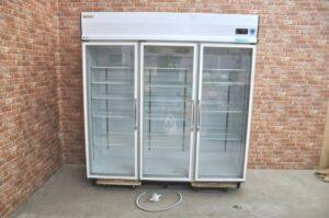 ダイワ リーチイン冷蔵ショーケース 603YAKP-EC 1154L 三相200V 冷蔵庫 業務用を買い取りました♪(^_-)-☆