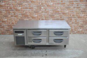 フクシマ 台下冷蔵庫 TBC-40RM3 業務用ドロア コールドテーブルを買い取りました♪(^_-)-☆