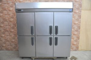 Panasonic パナソニック 縦型冷凍庫 SRF-K1883A 業務用6ドア 2017年製 フリーザー 冷凍ストッカーを買い取りました♪(^_-)-☆