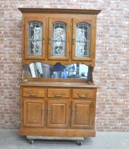 アンティーク家具 チャイナキャビネット カップボード 飾り棚 食器棚を買い取りました♪(^_-)-☆