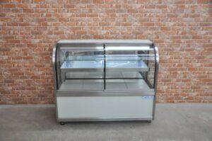 大穂 冷蔵ショーケース OHGU-S-1200F 100V 140L ケーキケース 陳列 冷蔵庫 業務用を買い取りました♪(^_-)-☆